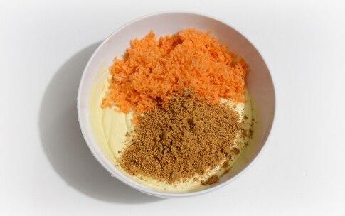 Preparazione Bundt cake alle carote - Fase 3