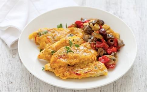 Preparazione Filetti di triglie in salsa allo zafferano con caponata di verdure - Fase 4