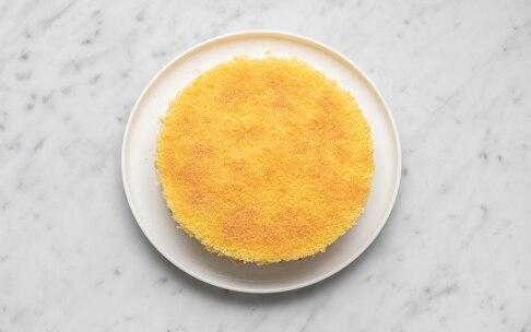 Preparazione Torta alla panna, fragole e crema - Fase 7