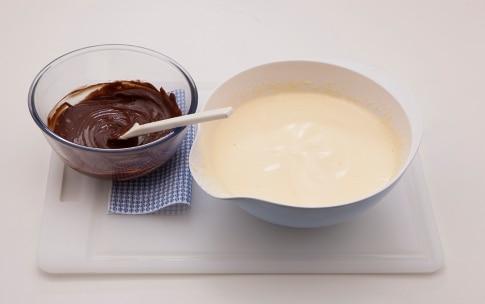 Preparazione Tortini di biscotti e cioccolato alla mousse e peperoncino - Fase 2