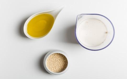 Preparazione Crostata con farina di riso e frangipane ai frutti rossi - Fase 2