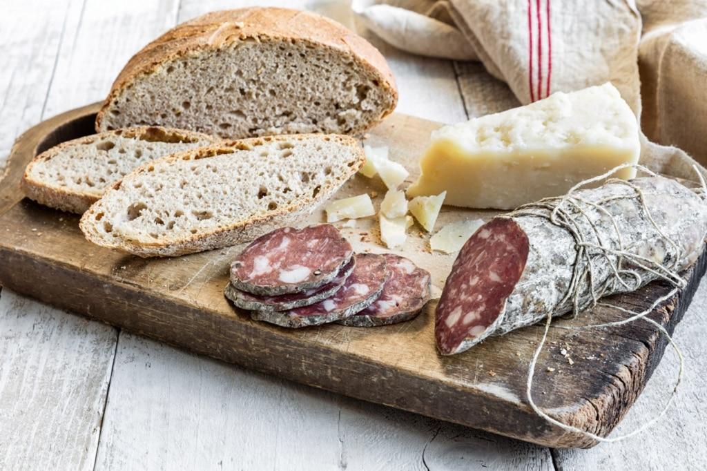 Pane fatto in casa con farina di segale