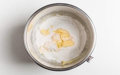 Preparazione Pasta frolla senza glutine - Fase 2