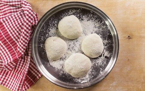Preparazione Pizza margherita in padella - Fase 2