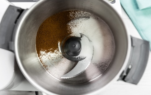 Preparazione Spumone al caffè e crema di nocciole al cioccolato - Fase 1
