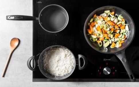 Preparazione Minestra fredda di pane e riso con verdure - Fase 1
