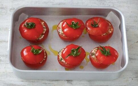 Preparazione Pomodori ripieni di riso - Fase 4