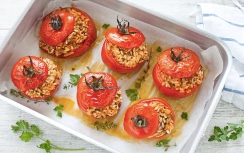 Preparazione Pomodori ripieni di riso - Fase 5