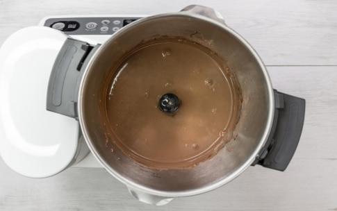 Preparazione Smoothie bowl al cioccolato e banana - Fase 2