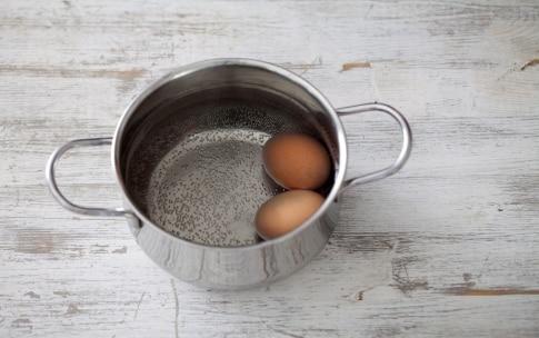 Preparazione Spiedini di avocado, mozzarella e focaccia alle olive - Fase 2