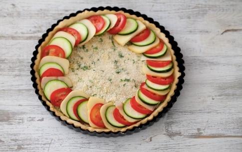 Preparazione Torta salata di pomodori, zucchine e scamorza - Fase 4