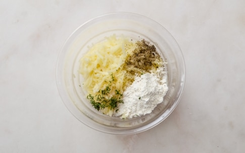Preparazione Torta di patate in padella - Fase 1