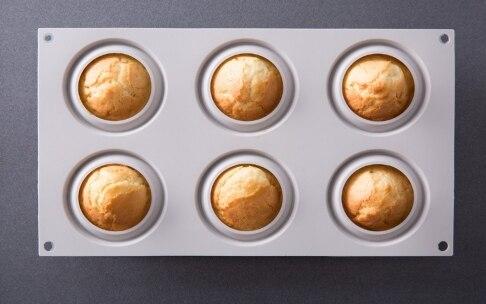 Preparazione Minigocce al limone con ganache al cioccolato fondente, fior di sale e menta - Fase 4