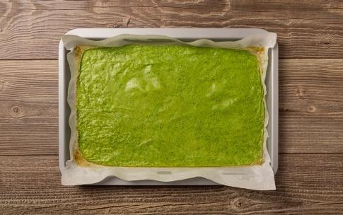 Preparazione Rotolo di frittata al prosciutto e formaggio - Fase 2