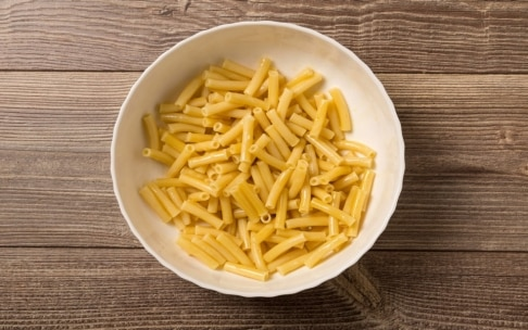 Preparazione Tortini di pasta, provola e melanzane - Fase 1