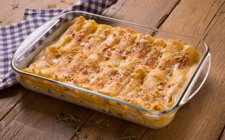 Cannelloni con crema di zucca e ricotta