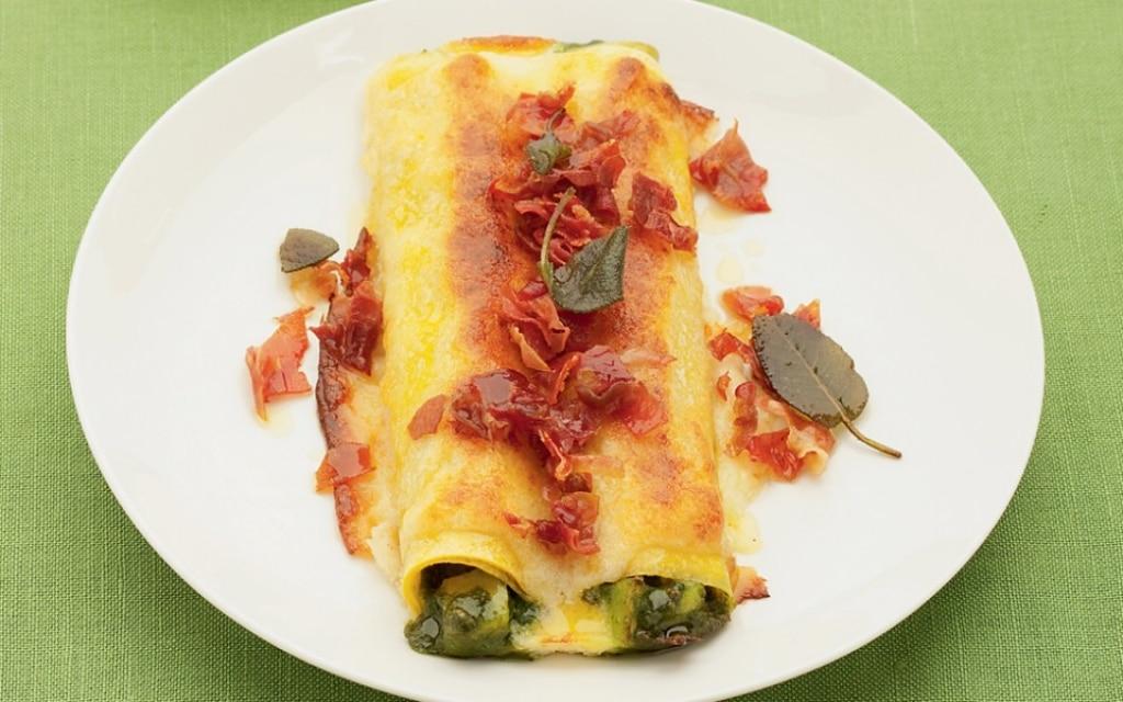 Cannelloni con lattuga, porri e prosciutto