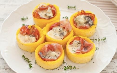 Preparazione Cestini di polenta con gorgonzola e speck - Fase 3