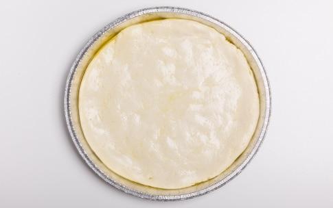 Preparazione Pizza senza glutine e lattosio - Fase 4