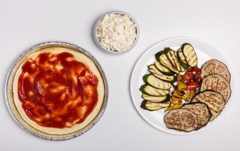 Preparazione Pizza senza glutine e lattosio - Fase 5