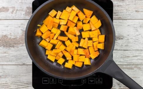 Preparazione Torta salata zucca, pancetta e timo - Fase 1