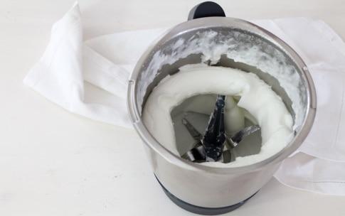 Preparazione Crema al mascarpone con il Bimby - Fase 2