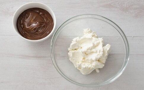 Preparazione Crêpes alla crema di cioccolato  - Fase 3