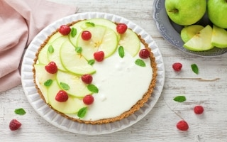 Crostata con panna cotta alla mela verde