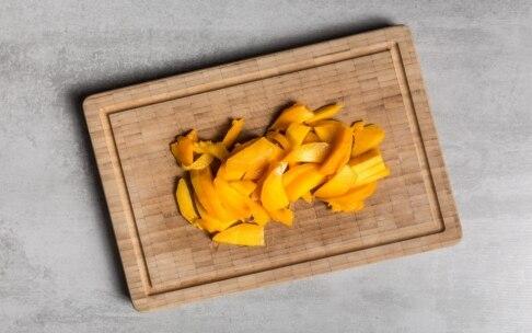 Preparazione Filetti di ombrina con salsa al mango e liquirizia - Fase 2