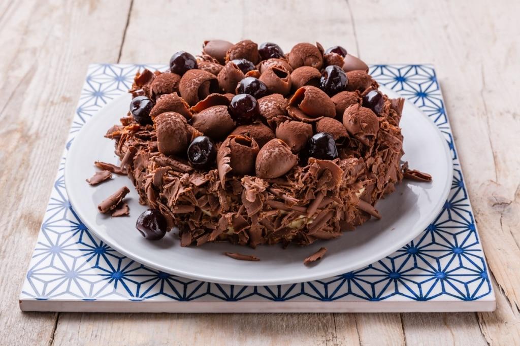Torta mousse al cioccolato e amarene