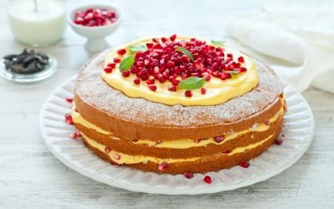 Preparazione Torta paradiso con crema pasticciera alla fava tonka e melagrana  - Fase 5