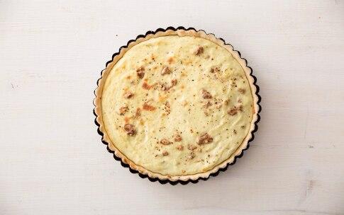 Preparazione Torta salata con radicchio al miele di bosco - Fase 3