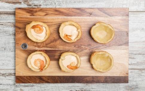Preparazione Cestini salati con mazzancolle e cavoletti di Bruxelles  - Fase 3