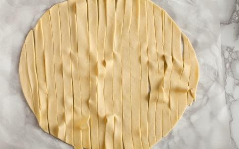 Preparazione Crostata spirale alla marmellata - Fase 3