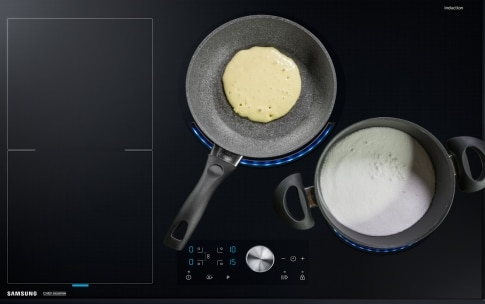 Preparazione Pancake con caramello salato, banane e noci - Fase 3