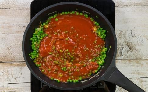 Preparazione Pasta al forno con tortiglioni - Fase 1