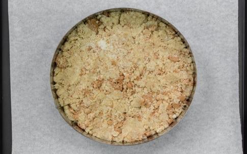 Preparazione Sbriciolata veloce di amaretti e cioccolato - Fase 2