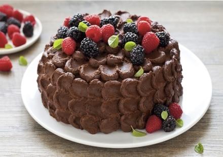 Torta al cioccolato e frutti di bosco