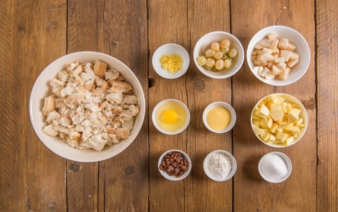 Preparazione Torta di pane e frutta (Miascia) - Fase 1