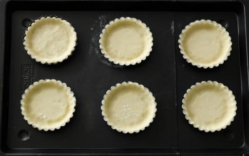 Preparazione Crostatine salate con cipolle caramellate - Fase 3