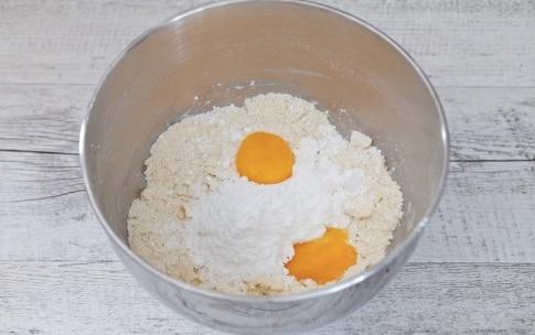 Preparazione Occhi di bue alla Nutella - Fase 1