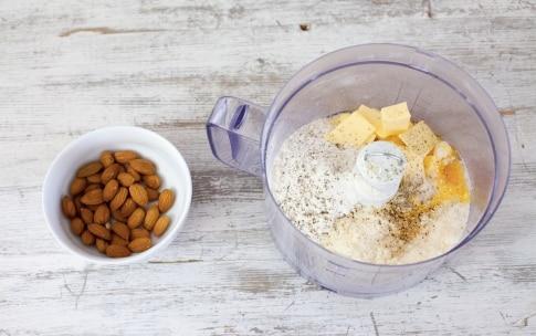 Preparazione Mini sbrisolone salate - Fase 1