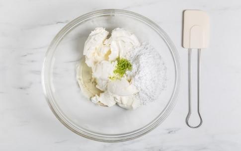 Preparazione Cheesecake alle fragole e lime - Fase 2