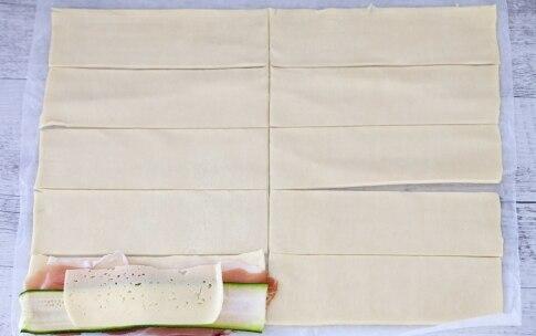 Preparazione Colomba salata di pasta sfoglia - Fase 1