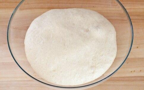 Preparazione Corona salata fave, piselli e pancetta - Fase 3