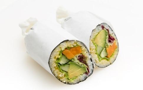 Preparazione Sushi burrito - Fase 7