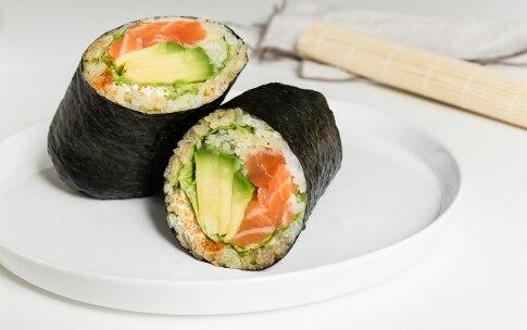 Preparazione Sushi burrito - Fase 5