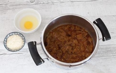 Preparazione Zuppa di pane nero - Fase 2