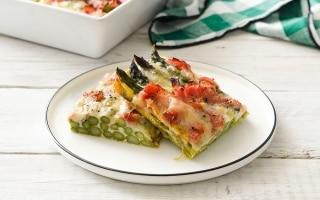 Asparagi al forno con prosciutto e fontina