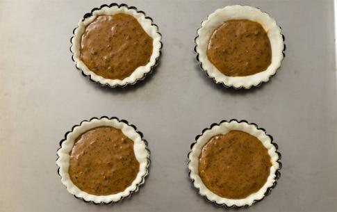 Preparazione Tartellette alle prugne e formaggio - Fase 3